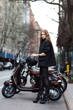 street fashion, motorcycl, vespas, outfit, street styles, killer heels, leather pants, black, scooter