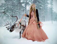 "Gerda de ""La reine des Neiges"" ? :) ice princess, bridal shoot, winter style, pet, snow, brides, winter bride, winter weddings, deer"