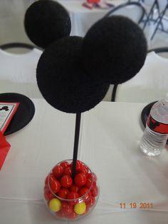 Centro de mesa para fiesta Mickey Mouse. #FiestasInfantiles