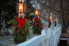 holiday, winter snow, lamps, lights, photograph, christmas, bows, lamp post, lanterns