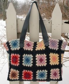 Granny Square tote bag from a blanket: general idea of how it was done. #crochet #tote