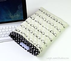 Quilted cotton ipad case 2 - tutorial by Leigh Laurel Studios