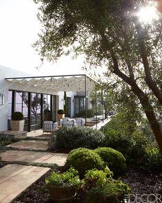 M. Elle Design California Home - Mediterranean Architecture in California - ELLE DECOR