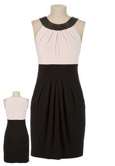 Cute work dress.