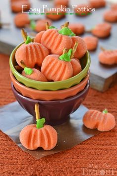 Easy No-Bake Pumpkin Patties by Mom on Time Out PLUS 6 great Halloween ideas you must see