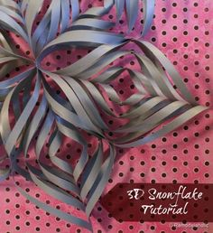 3-D Snowflake Tutorial by Remodelaholic - Pretty Handy Girl
