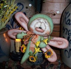 "Primitive Dragonfly Bear Butterfly Bug 7"" Flower Doll Vtg Patti's Ratties Ornie"