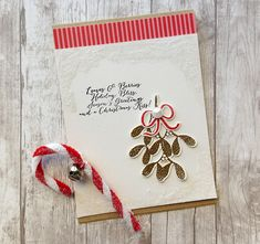Leaves & Berries Mistletoe Card by Danielle Flanders for Papertrey Ink (October 2014)