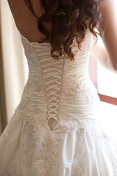 Thee only thing I am certain on for my dress is that I want it to have a corset. The detail on this dress is beautiful.