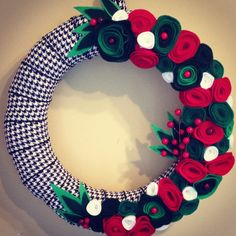 Houndstooth Christmas Wreath