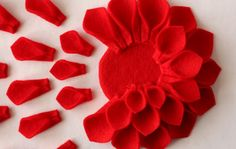 Make this felt dahlia brooch (tutorial)l~~looks great on just about everything.
