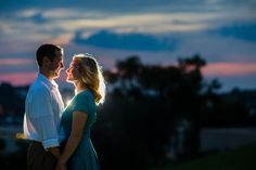 A beautiful sunset during your engagement photos. Pic by @labrisa