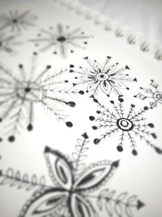 snowflak dood, art journal, snowflakes, doodl poodl, doodlesdraw