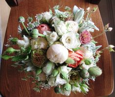 FedEx Flowers: How to ship a wedding or gift bouquet