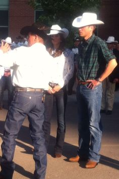 I love that their wearing plaid and cowboy hats! #williamandkate
