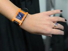 pebbl smartwatch pebbl watch smart watch hands apples watch face    Pebble Watch Faces Fallout