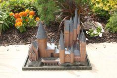 Hogwarts birdhouse by Wulf. Magical!