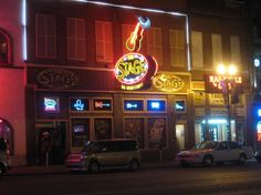 THE STAGE, Nashville! best music and crowd on Broadway.