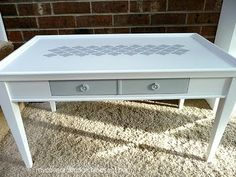 Stenciled table #styledby