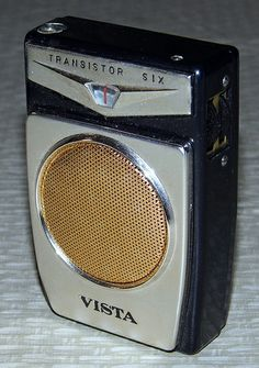 Vintage Vista 6-Transistor Radio, Model 966, A Product of Babos Foreign Trade Company, Made in Japan.