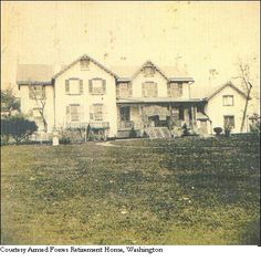 Historic photo of Lincoln's cottage in Washington DC