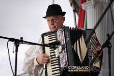 Italian accordian - ITALIAN FAMILY FESTA!
