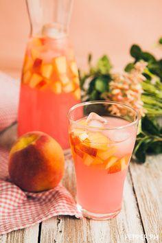 peach beach lemonade