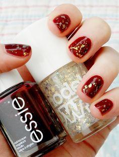 cheri nail, gold fleck, bikini model, holiday nails, gold nails, christmas nails, essi skirt, christma nail, eve nail