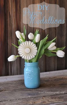 Paper medallions add a lot to #bouquet of #fresh #flowers!