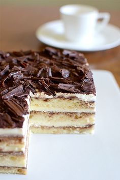 Heavenly Eggless Tiramisu...so easy to make and you don't even have to bake. #baking #dessert #cake