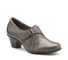 #EarthFootwear Voyager shoe #heels #shoes for Fall '14. http://www.earthbrands.com/item/earth-voyager/36124/c16
