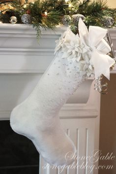 How to make a poinsettia Christmas stocking - tutorial by Stone Gable