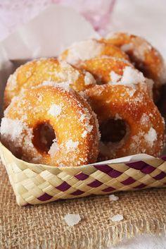 Malaysian sweet potato doughnuts