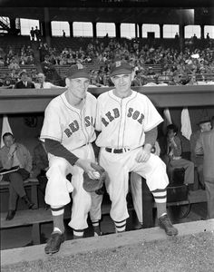 (l to r:) Boston Red Sox Jake Jones and Boston Red Sox Wally Moses in 1947.