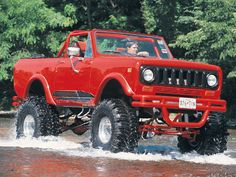 1974 International Harvester Scout Ii In The River