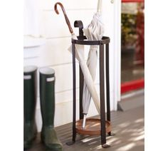 love this umbrella stand