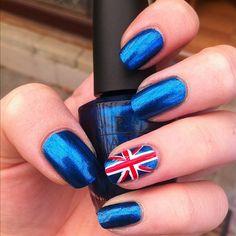 Aussie day nails