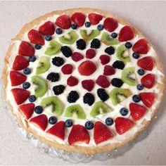 Delicious Dessert Pizza! http://www.mkspecials.com/