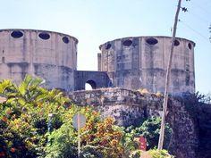 El Castillo del Príncipe fue construido entre 1767 y 1779 por el coronel de ingenieros don Silvestre Abarca durante la oleada de construcciones militares que se produjo tras la toma de La Habana por los ingleses en 1762