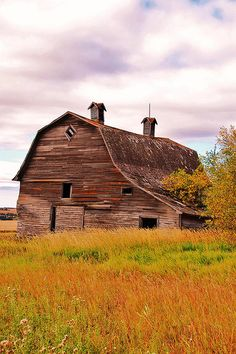 Oh, how I love old barns......