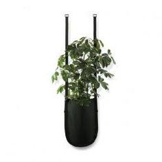 Une jardinière pour végétaux intérieurs couture et ingénieuse.