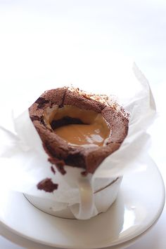 chocolate souffle with ducle de leche