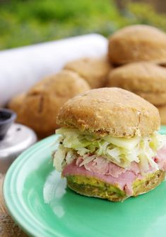 Mini Corned Beef Sandwiches for St. Patty's Day- yum!