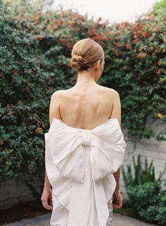 wedding dressses, galleri, spring weddings, dress wedding, gown, bride, big bows, hair, unique weddings