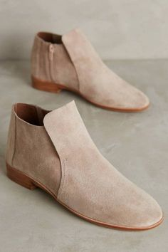 Pippin Booties by Je