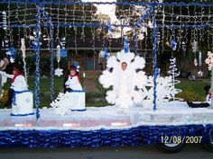 Snowflake/Snowman Christmas Float