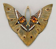 Moth pendant by Lucien Gaillard, ca. 1900:  Wow.  There's nothing like turn of the century art nouveau ( agree!) {me too!}