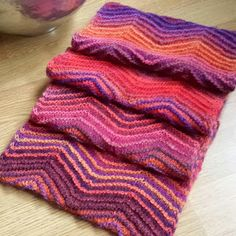 Knitting and so on: A Cowl to Match the Hexagon Mitts