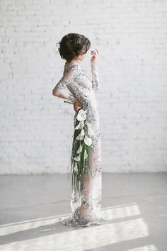 this wedding dress is fabulous!