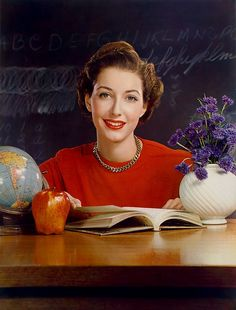Hands down one of the most strikingly lovely, timelessly wonderful (posed) colour photos from the 1940s I've ever seen. #forties #photograph #antique #vintage #women #1940s #teacher #school